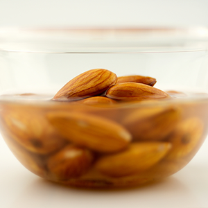 how to soak raw nuts